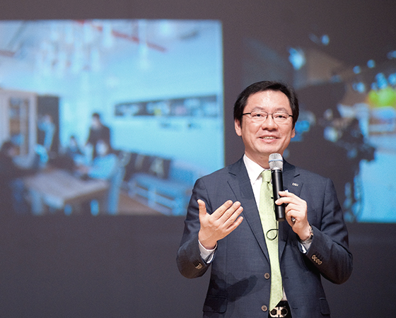 President of Dongseo University Dr. Jekuk Chang